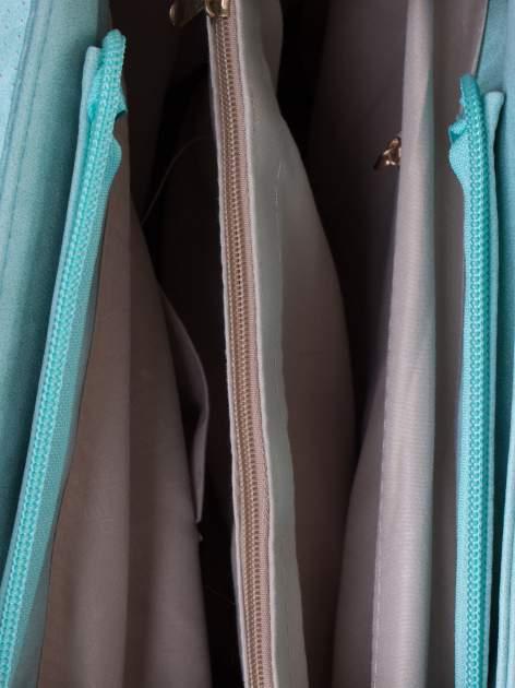 Miętowa ażurowa torba na ramię                                  zdj.                                  4