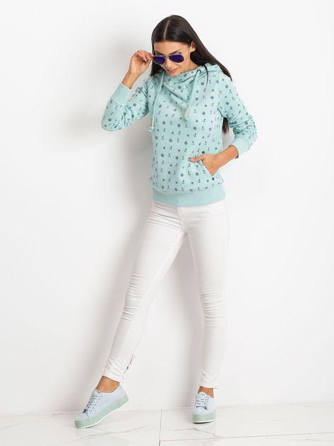 Miętowa bluza w marynarskie motywy                              zdj.                              4