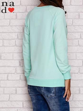 Miętowa bluza z motywem Wieży Eiffla                                  zdj.                                  5