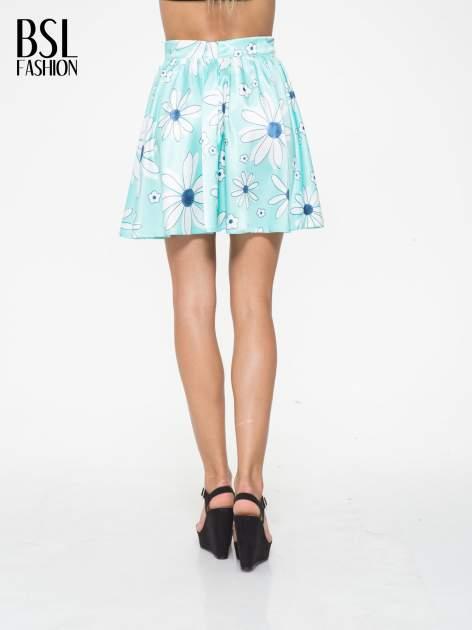 Miętowa rozkloszowana spódnica skater w kwiaty                                  zdj.                                  4