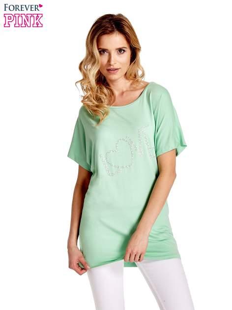 Miętowy t-shirt z biżuteryjnym napisem LOVE