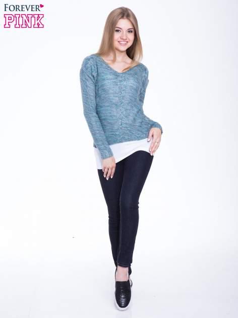 Morski sweter z warkoczowym splotem z przodu                                  zdj.                                  4