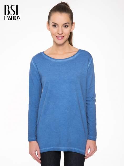Niebieska bluza z koronkową wstawką na plecach                                  zdj.                                  1