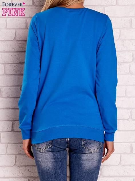 Niebieska bluza z nadrukiem łapacza snów                                  zdj.                                  3