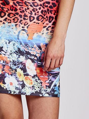 Niebieska dopasowana sukienka z motywem pantery                                  zdj.                                  5