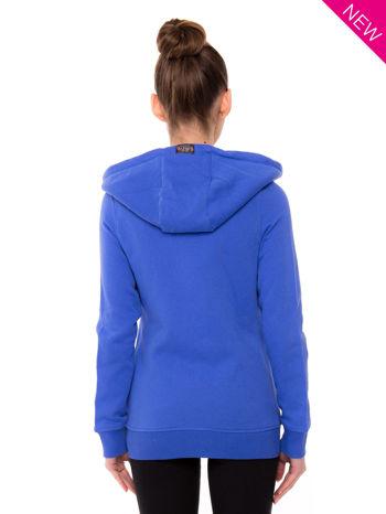 Niebieska dresowa bluza sportowa z kapturem                                  zdj.                                  2