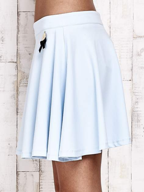 Niebieska dresowa spódnica szyta z koła                                  zdj.                                  7