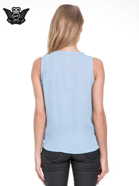 Niebieska elegancka koszula z żabotem                                  zdj.                                  4