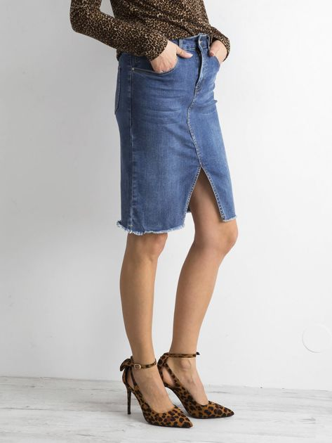 Niebieska jeansowa spódnica z rozcięciem                              zdj.                              3
