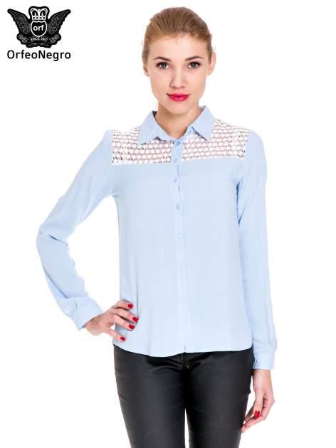 Niebieska koszula damska z koronkową górą                                  zdj.                                  1