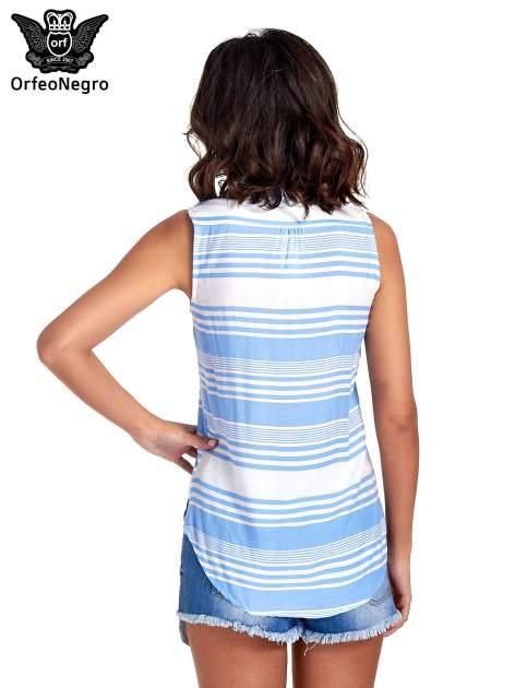 Niebieska koszula w paski bez rękawów                                  zdj.                                  2
