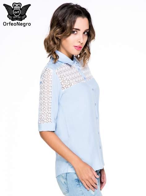 Niebieska koszula z rękawem do łokcia i koronką                                  zdj.                                  3