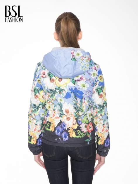 Niebieska kwiatowa kurtka bomber jacket z kapturem                                  zdj.                                  4