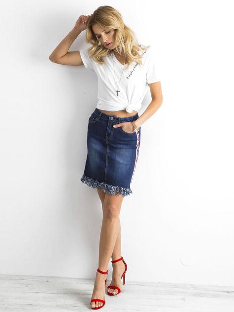 Niebieska spódnica jeansowa z lampasami                              zdj.                              4