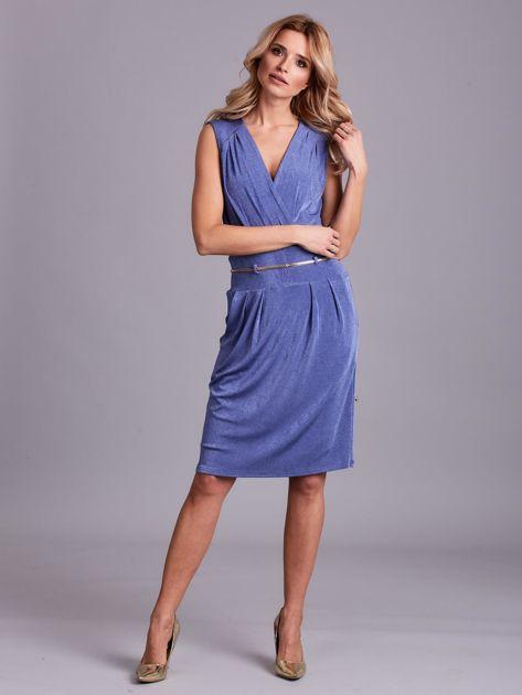 Niebieska sukienka z dekoltem na plecach                              zdj.                              4