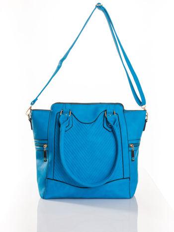 Niebieska torba ze złotymi wykończeniami                                  zdj.                                  4