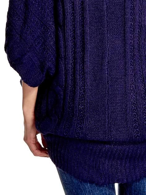 Niebieski dziergany sweter typu otwarty kardigan                                  zdj.                                  6