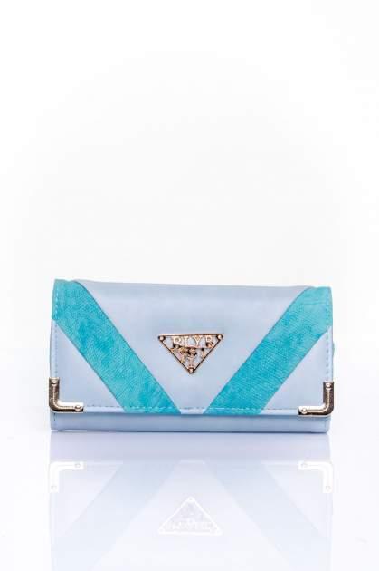 Niebieski portfel z ozdobnym detalem i złotymi okuciami