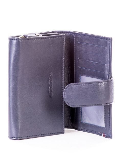 Niebieski skórzany portfel z zapięciem                              zdj.                              4