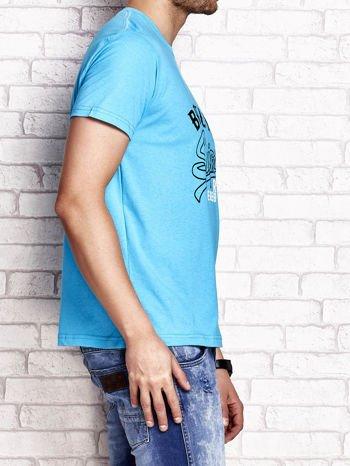 Niebieski t-shirt męski z napisem BROOKLYN NYC                                  zdj.                                  3