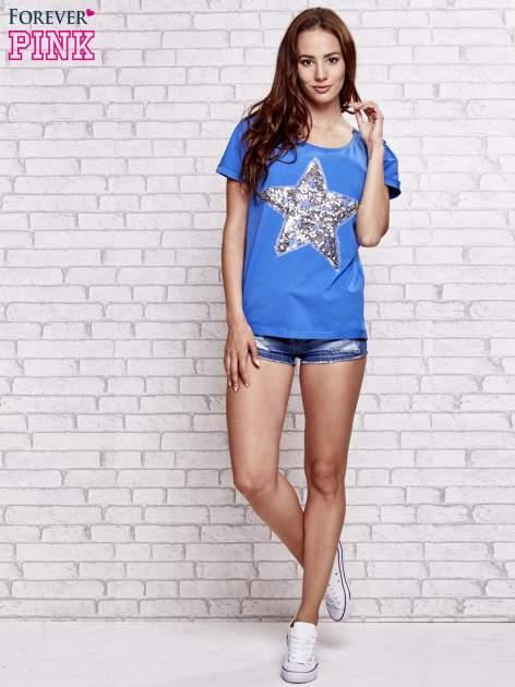 Niebieski t-shirt z gwiazdą z cekinów                                  zdj.                                  2