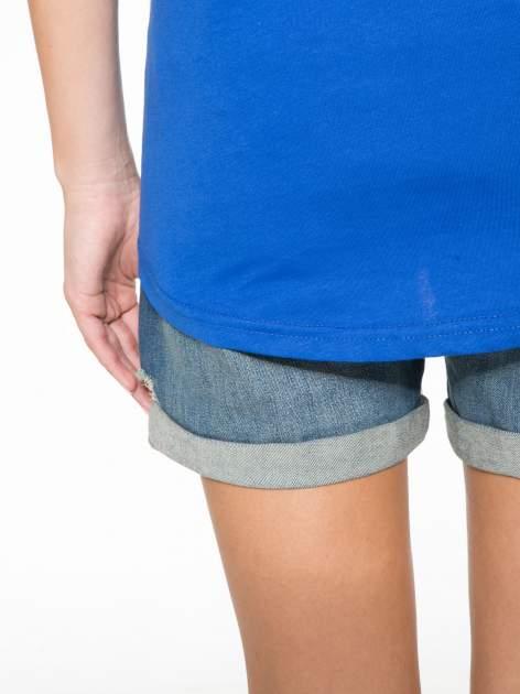 Niebieski t-shirt z numerkiem 10 na plecach i rękawie                                  zdj.                                  13