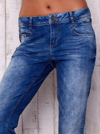 Niebieskie spodnie jeansowe marble denim                                  zdj.                                  4