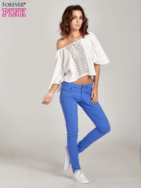 Niebieskie spodnie jeansowe rurki                                  zdj.                                  2