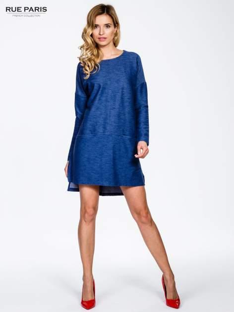 Niebieskie sukienka oversize z materiału a'la denim                                  zdj.                                  4