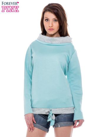 Niebiesko-szara bluza z wywijanym kołnierzem