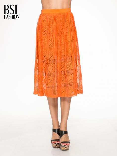 Pomarańczowa ażurowa spódnica midi                                  zdj.                                  1