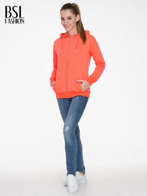 Pomarańczowa bluza damska z kapturem zasuwana na suwak                                  zdj.                                  2