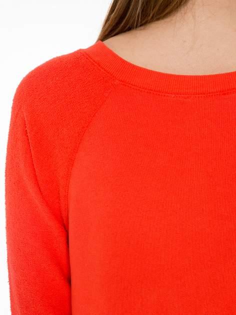 Pomarańczowa bluza oversize z łączonych materiałów                                  zdj.                                  7