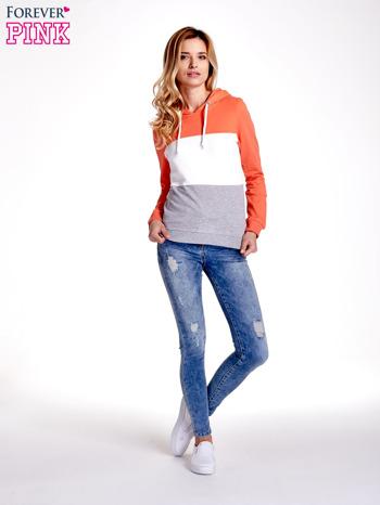 Pomarańczowa bluza z kapturem z białym i szarym wykończeniem                                  zdj.                                  2