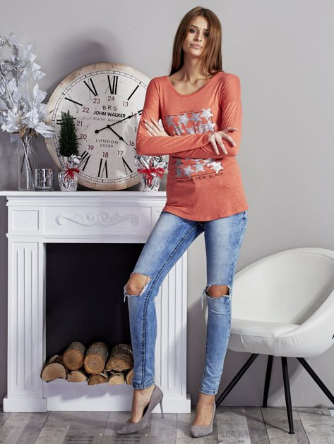 Pomarańczowa bluzka z nadrukiem cekinowych gwiazd                              zdj.                              4