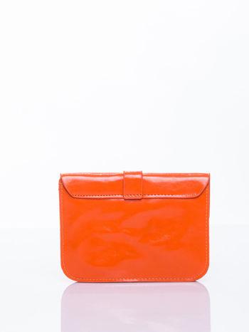Pomaranczowa torebka listonoszka z klapką                                  zdj.                                  2