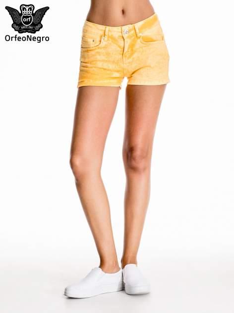 Pomarańczowe jeansowe szorty                                  zdj.                                  3