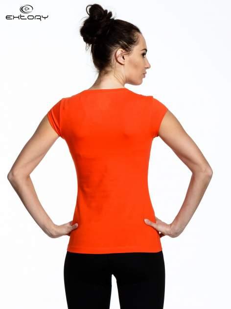 Pomarańczowy damski t-shirt sportowy basic                                  zdj.                                  2