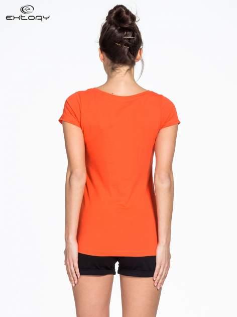 Pomarańczowy damski t-shirt sportowy basic PLUS SIZE                                  zdj.                                  2