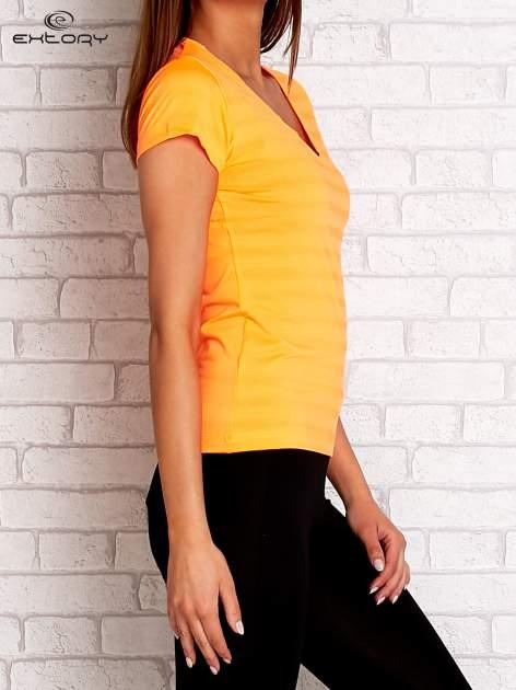 Pomarańczowy t-shirt sportowy w paseczki                                  zdj.                                  3