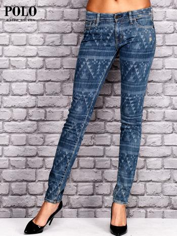 RALPH LAUREN Ciemnoniebieskie spodnie jeansowe w azteckie wzory                                  zdj.                                  1
