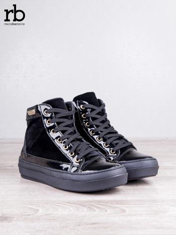 ROCCOBAROCCO czarne welurowe sneakersy dual texture z lakierowanymi wstawkami                                  zdj.                                  2