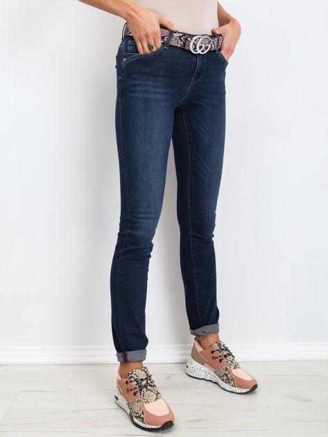 RUE PARIS Ciemnoniebieskie jeansy Treat                              zdj.                              3