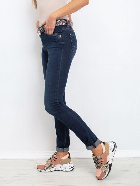 RUE PARIS Ciemnoniebieskie jeansy Treat                              zdj.                              2