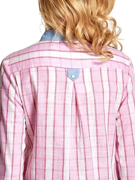 Różowa koszula w pasy z kołnierzykiem, mankietami i kieszonką z jasnego denimu                                  zdj.                                  8
