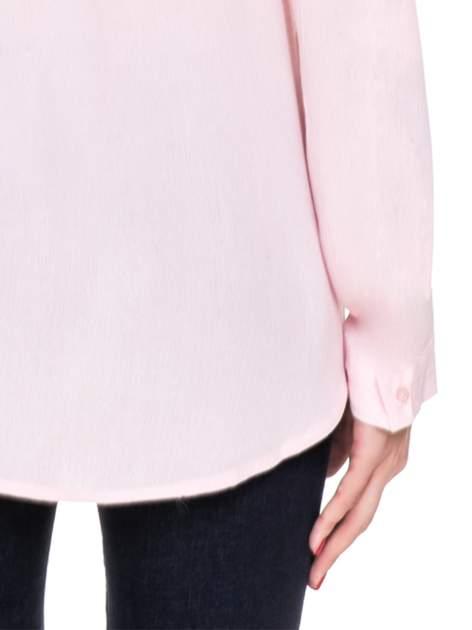 Różowa koszula z biżuteryjnym kołnierzykiem i kieszonką                                  zdj.                                  10