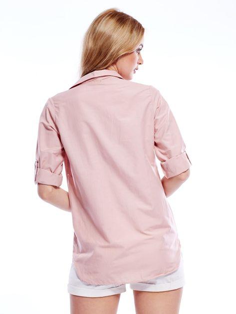 Różowa koszula z perełkami i podwijanymi rękawami                              zdj.                              2