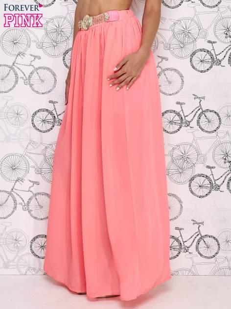 Różowa spódnica maxi ze złotym zapinannym paskiem                                  zdj.                                  3