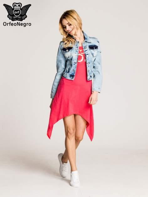 Różowa sukienka z asymetrycznymi bokami i złotym napisem LA VIE EN ROSE                                  zdj.                                  5