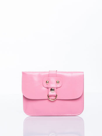Różowa torebka listonoszka z klapką
